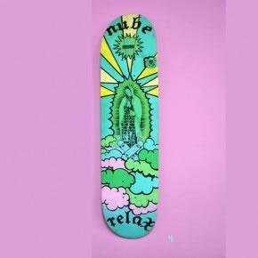 NUBE / RELAX | Mixta sobre skateboard | 2006