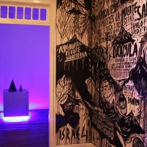 To live is to die | Vista de instalación | 2010 | Galería Revolver