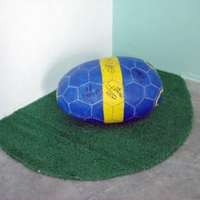 Balón (Boca Juniors) | Gabriel Castillo | 2008 | Pintura acrílica sobre tapara