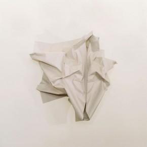 Papel de madera arrugado y espejo | 2011 | Inyección de tinta sobre papel de algodón | 70 x 70 cm | Ed. 5