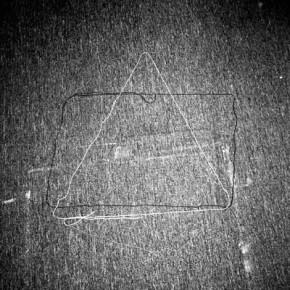 Situaciones elementales (triangulo, circulo y rectángulo) | 2010-2011 | Inyección de tina sobre papel de algodón | 23cmx15cm | Edición de 3+P.A
