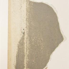 30. Sin título. Gris | 2012 | Cartulina sobre papel torreón | 28 x 21, 5 cm