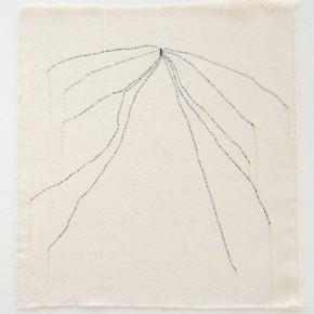 46. Líneas | 2012 | Hilos entretejidos sobre lona de algodón | 25 x 26, 9 cm