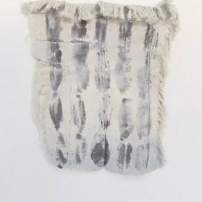 Teñido y manchas | 2012 | Lona de algodón teñida con acrílico, pigmentos histológicos y tinta china | 39 x 36,7 cm