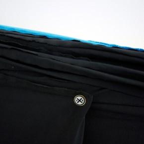 Burladero (Detalle) | 2013 | Módulo de dimensiones variables envuelto con 150 x 60.000 cms de tela de algodón con botón IXI