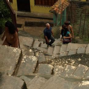 Serie Escalera de Caracol en Macarao | 2010 | Fotoperformance | Inyección de tinta sobre papel fotográfico semisatinado Edición de 8 + PA 30 x 23 cms. c/u. Fotografías de Nancy Urosa