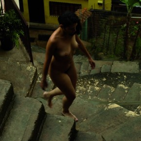 Escalera de Caracol en Macarao 2011 | Fotoperformance | Impresión sobre vinil autoadhesivo Edición de 8 + PA 160 x 100 cms. Fotografía de Nancy Urosa