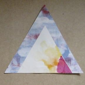 Fabián Salazar | S/T. Triángulo, ID | 2013 | Collage. Pintura Acrílica, marcadores de colores y acuarela sobre papel de acuarela | 48 x 32 cm