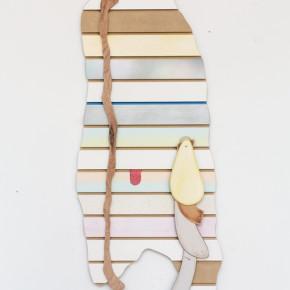 20. Sin título con puntos | 2013 | Mdf, madera, pintura de acrílico, pintura de caucho, pintura en aerosol y telas | 113 x 47 x 7 cm