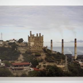 Vista en sala | Suwon Lee | El Castillete | 2012 | Inyección de tinta sobre papel de algodón | 90 x 120 cm