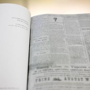 Vista en sala | La tercera pata | 2008 - 2011 | Libro (Escáner de documentos y textos de escritores en el exilio) | cerrado : 36 x 26 cm / abierto: 36 x 52 cm | Copia de artista (Edición de 5)