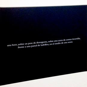 Julian Higuerey |Una bota sobre un pote de detergente |2010 | Fotografía | 8 x 10'