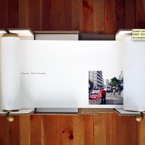 Suwon Lee| El Bulevar de Sabana Grande | 2007-2011 | Archival pigment print | 2 libros enrollables | 20 x 800 cm y 20 x 1000 cm