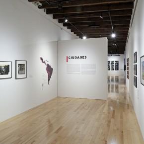 Leonor Vicuña (Izq.) | Marcos López (Der.) | Vista de exposición en Museo Amparo | Fotografía: Carlos Varillas