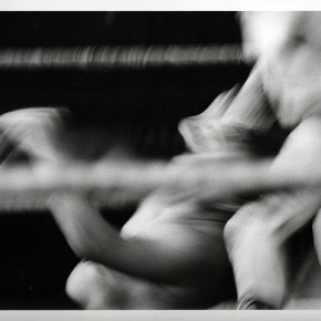 5. Sin título II. De la serie Lucha demasiado libre | 1967-2014 | Tomada en el Palacio de Deportes de Caracas en 1967 | Primera copia 2014 | Edición de 3 + PA | Sales de plata sobre gelatina | 8 x 10'