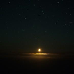 Moonset with clouds | 2013 | Inyección de tinta sobre papel de algodón | 90 x 120 cm